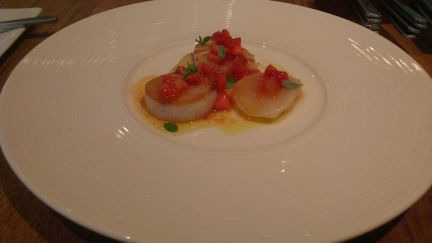 Scallop with Tomato - Raw & Cooked